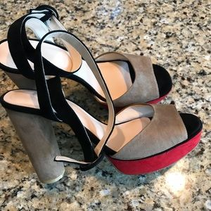 Zara ankle strap suede heels like new!